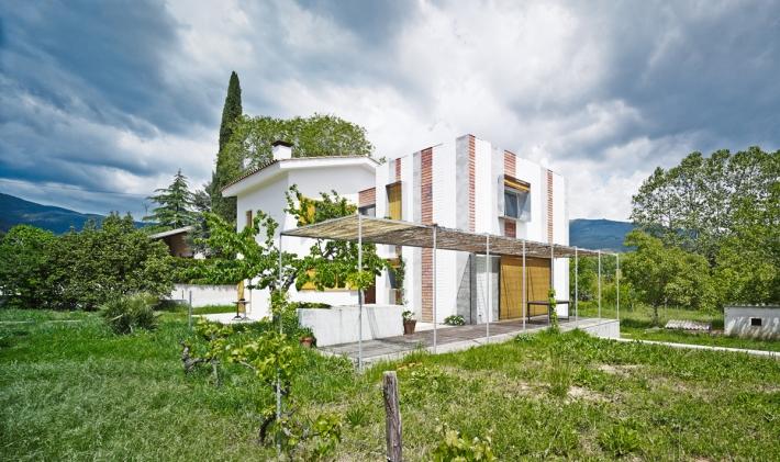 001_A&EB - Casa Anoro(1_4)_cut