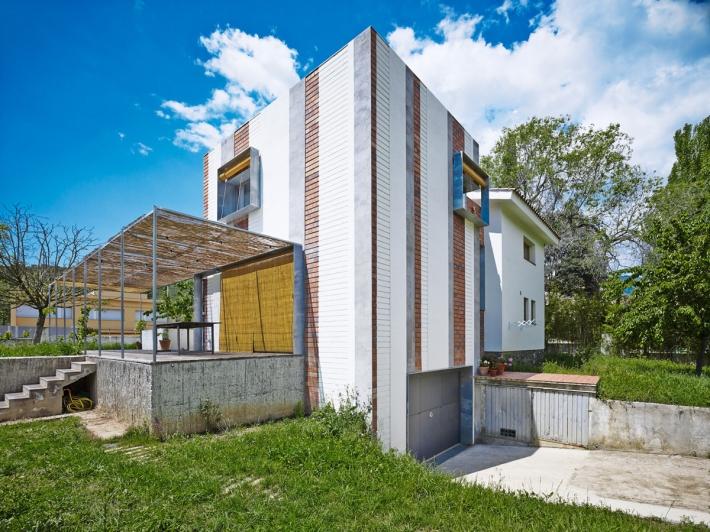005_A&EB - Casa Anoro (1.9)