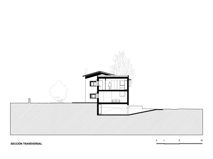 _008_A&EB_Casa Anoro - Sección